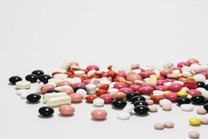 Comment protéger les médicaments et les stocker?